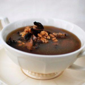 Сункапур — армянский грибной суп с черносливом