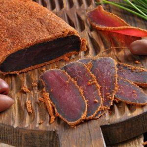 Апухт: обязательная для армянского праздничного стола закуска из вяленого мяса