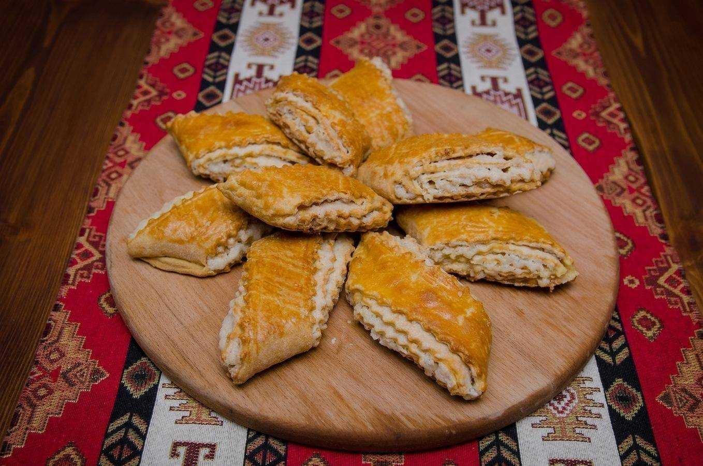 Гата: армянская ванильная сладость с грецкими орехами